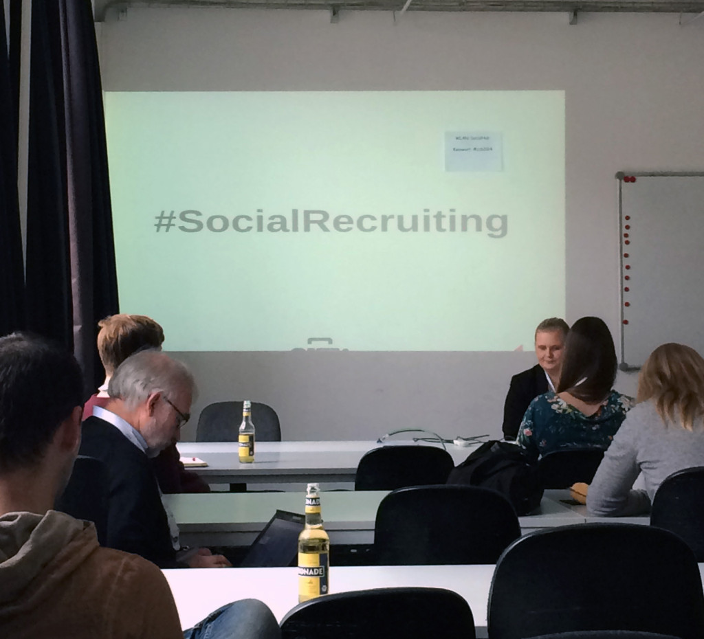community-camp-2014-social-recruiting-studie-adecco-2